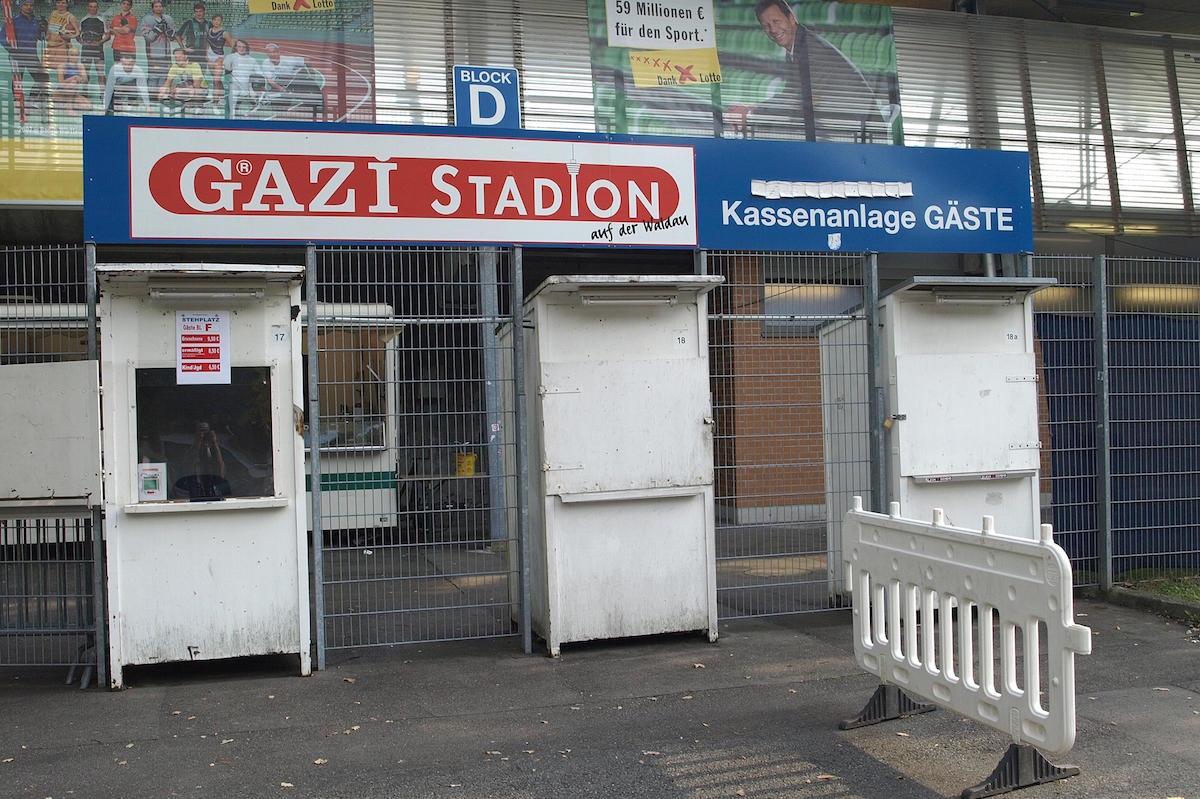 Gazi Stadion auf der Waldau